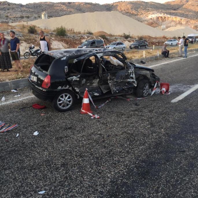 Adıyaman'da Düğünden dönen aile kaza yaptı: 7 yaralı