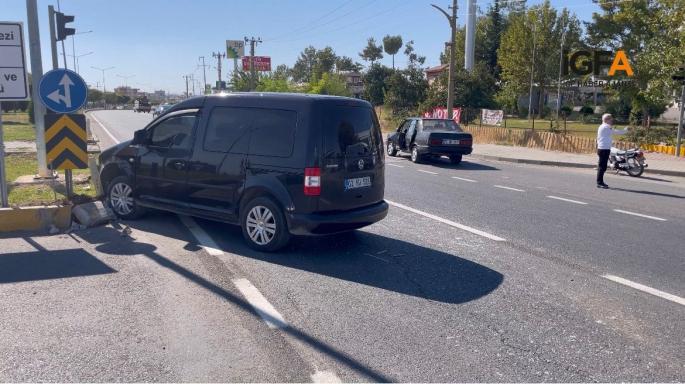 Adıyaman'da iki otomobil çarpıştı 1 yaralı