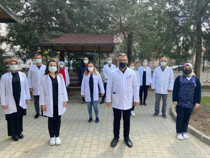 Covid-19 sebebiyle kaybedilen sağlık çalışanları anıldı