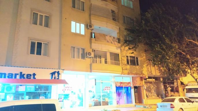 Ev Sahibi İle Göz Göze Gelen Hırsız Balkondan Atladı