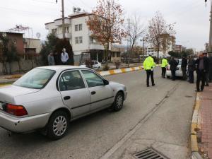 Adıyaman'da Otomobilin Çarptığı 2 Öğrenci Yaralandı
