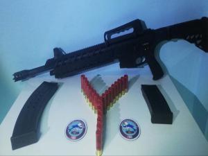 Adıyaman'da Ruhsatsız Silah Ve Tüfek Ele Geçirildi