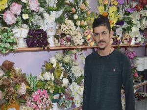 Çiçekçilerde Sevgililer Günü Yoğunluğu