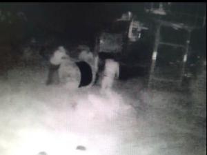 Maskeli Beşlerin Hırsızlığı Güvenlik Kamerasında