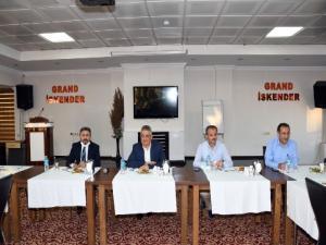 Vali Aykut Pekmez basın mensuplarıyla vedalaştı