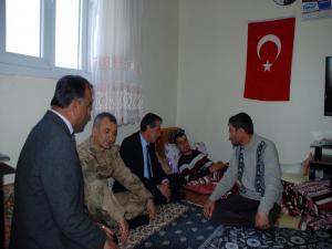 VALİ KALKANCI'DAN HAKKÂRİ GAZİSİNE ZİYARET