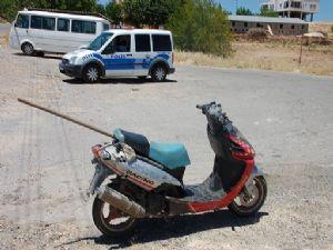 Otomobil Sürücüsü Motosiklete Çarpıp Kaçtı
