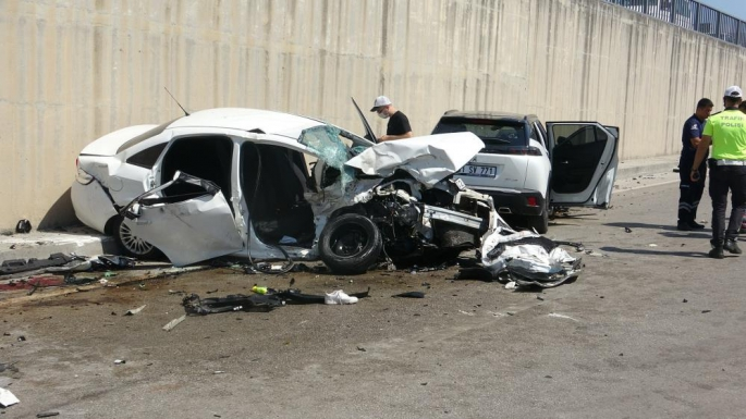 Hatay'da Adıyamanlı Hemşehrimiz Kaza Yaptı 3 Ölü 4 Yaralı