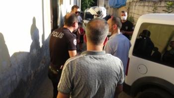 Adıyaman'da mendil satıcıları polise saldırdı: 2 gözaltı