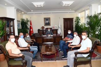 Adıyaman İGC Başkanı ve Yönetim Kurulu Vali Çuhadar'ı Ziyaret Etti.