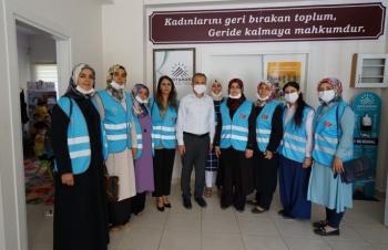 Başkan Diler Kadın ve Gençlik Merkezlerini ziyaret etti