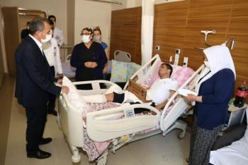 Başkan Kılınç'tan hastanelere bayram ziyareti