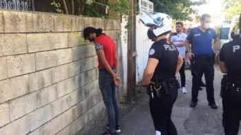 Dışarı maskesiz çıkan Kovid-19 şüphelisi gözaltına alındı