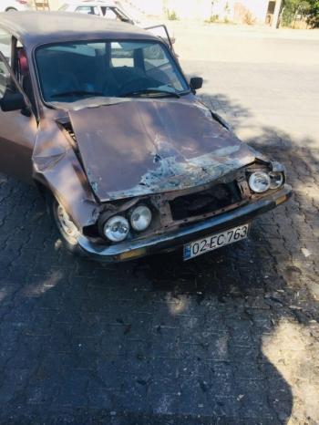 Kamyonet ile otomobil çarpıştı: 1 yaralı