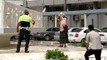 Kardeşleri Tarafından Dolandırılan Kadın Valilik Binasında İntihara Kalkıştı