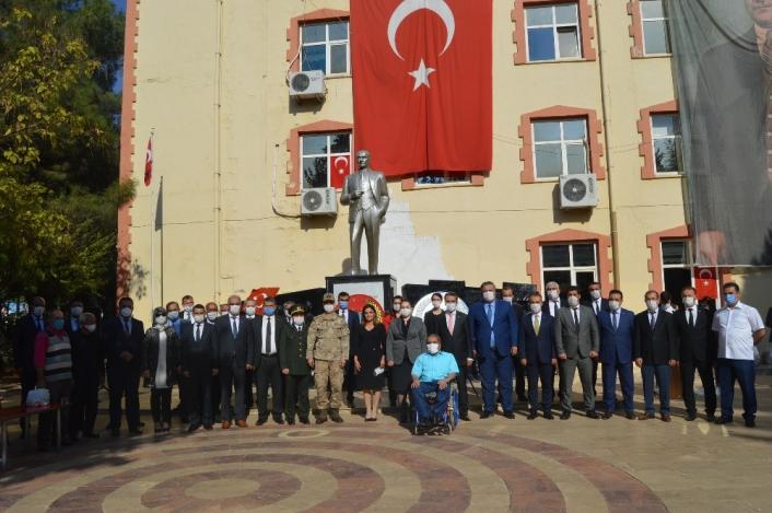 29 Ekim Cumhuriyet Bayramı Besni´de törenle kutlandı