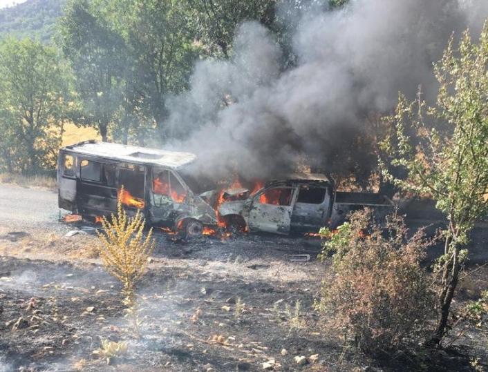 Adıyaman'da araçlar alev alev yandı