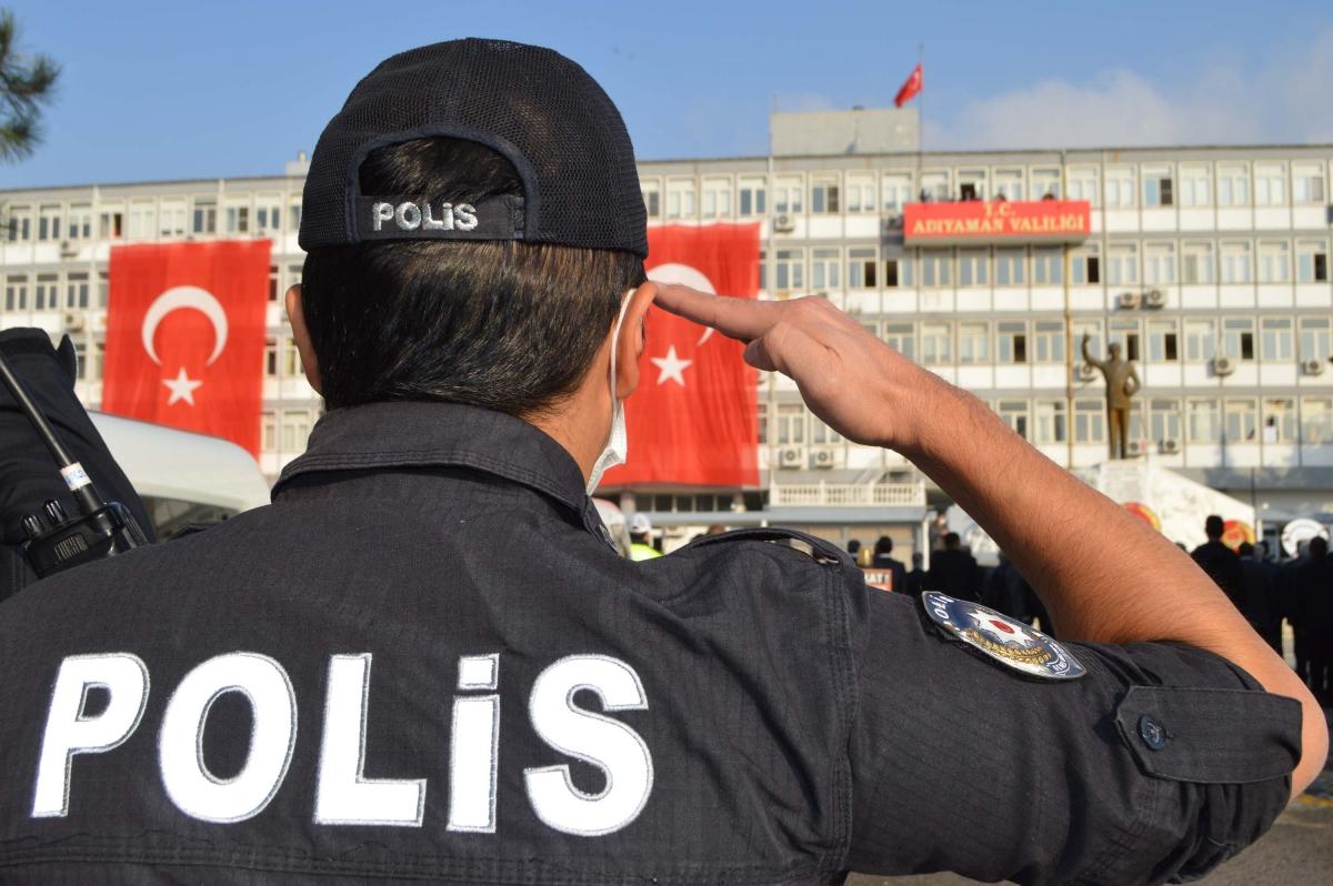 Adıyaman'da Atatürk, 82'inci ölüm yıl dönümünde anıldı