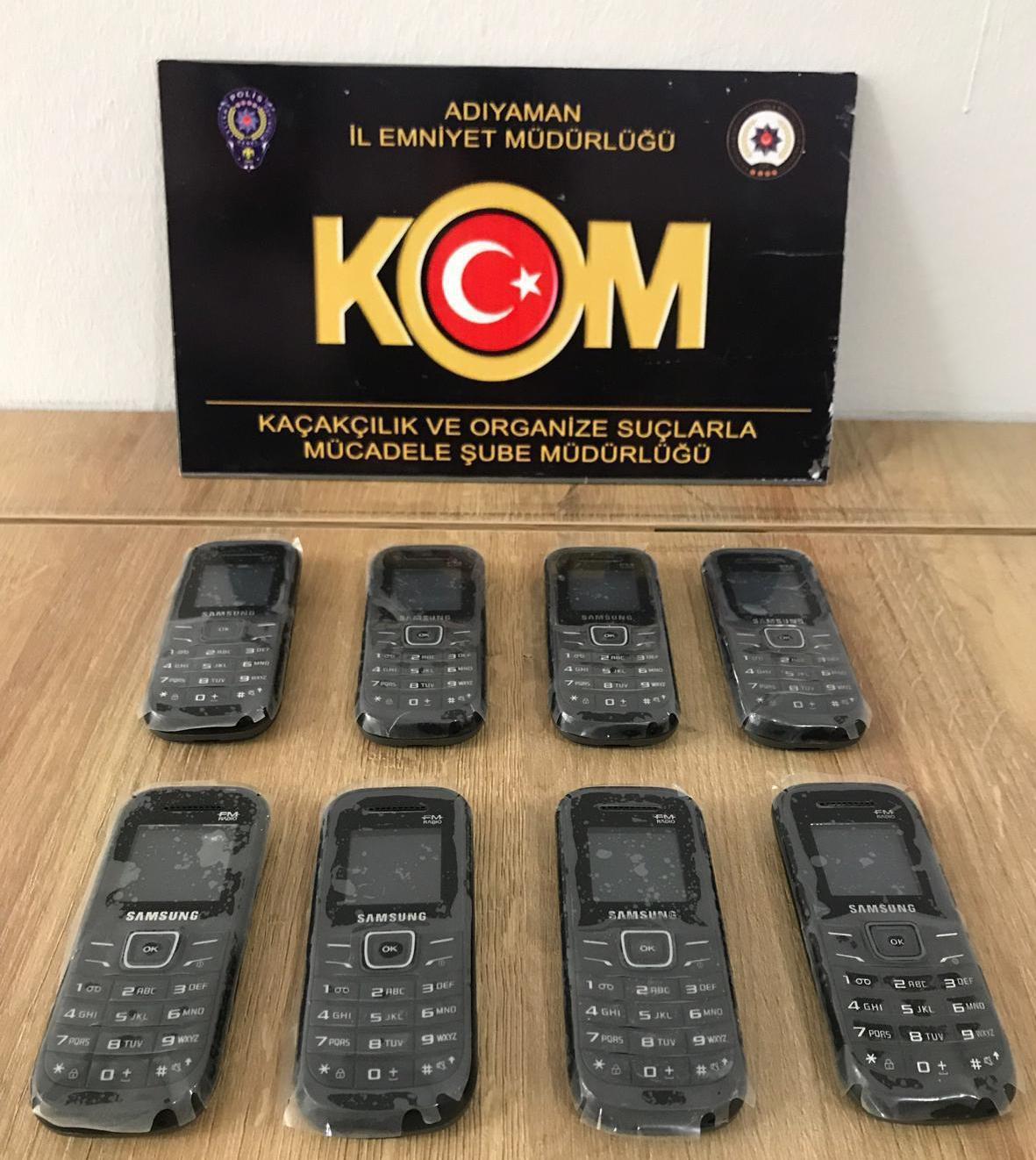 Adıyaman'da kaçak cep telefonu operasyonu