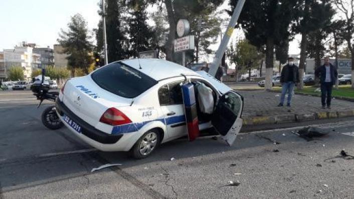 Adıyaman´da kaza yapan polisler yaralandı
