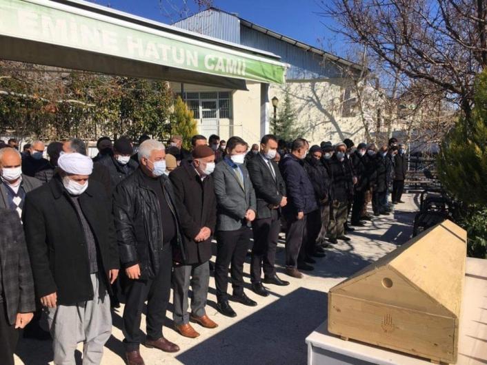 AK Parti Gerger Eski İlçe Başkanı Alparslan toprağa verildi