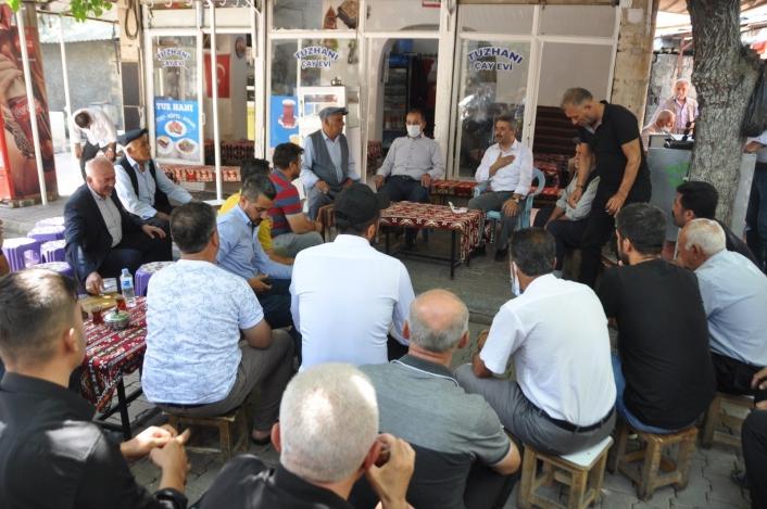 AK Parti heyeti tütüncü esnafıyla bir araya geldi