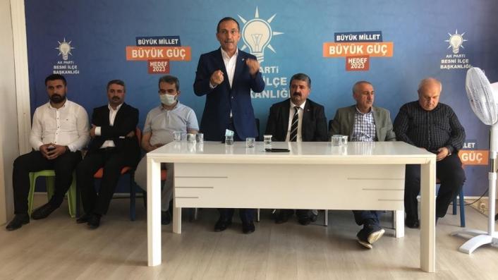 AK Parti teşkilatı Besni´de bayramlaştı