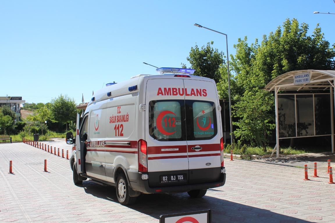 Akrep sokması nedeni ile iki kişi hastaneye kaldırıldı