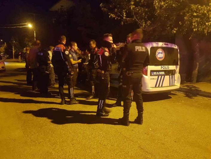 Adıyaman'da Alacak verecek kavgasını polis ayırdı
