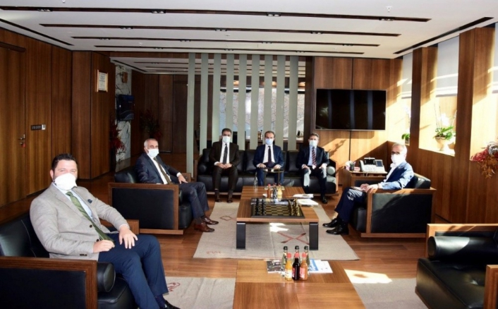 Başkan Kılınç, yeni projeler için Ankara´da temaslarda bulundu