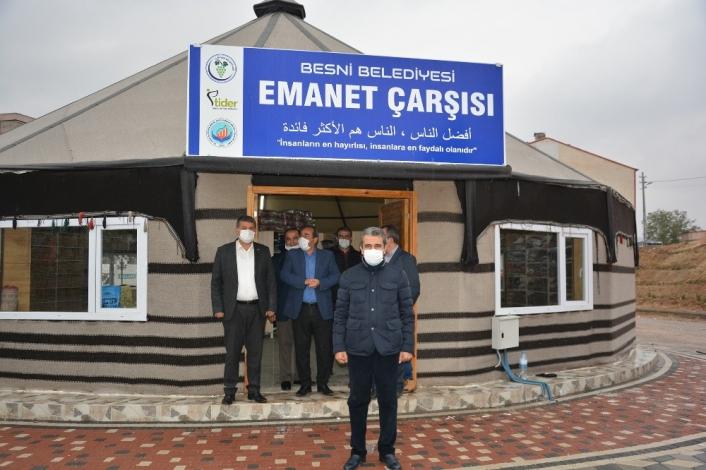 Besni Belediyesi tarafından `Emanet Çarşısı´ kuruldu