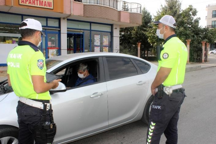 Denetleme yapan polislere sinyal şoku