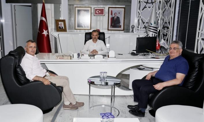 Eski Vali Pekmez, Başkan Kılınçla bir araya geldi