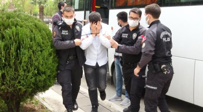 İki saate kadar serbest kalırız diyen kalpazanlar tutuklandı