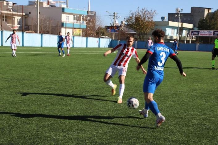 Kahta 02 Spor-Halide Edip Adıvar Spor:3-0