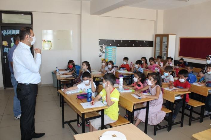 Kahta´da 33 bin öğrenci ders başı yaptı