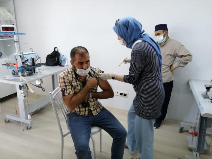 Kahta OSB´de mobil aşı uygulaması başladı