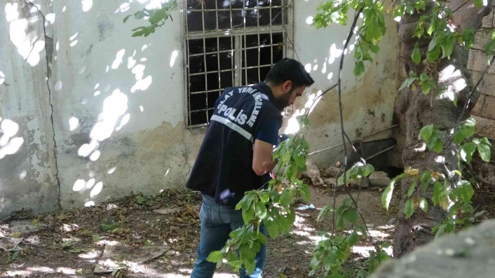 Kayıp şahıs harabe evin bahçesinde yaralı halde bulundu
