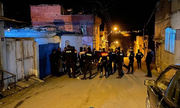 Komşu kavgasına karışanlara 22 bin TL ceza