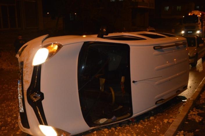 Adıyaman'da Otomobil Takla Attı; 1 yaralı