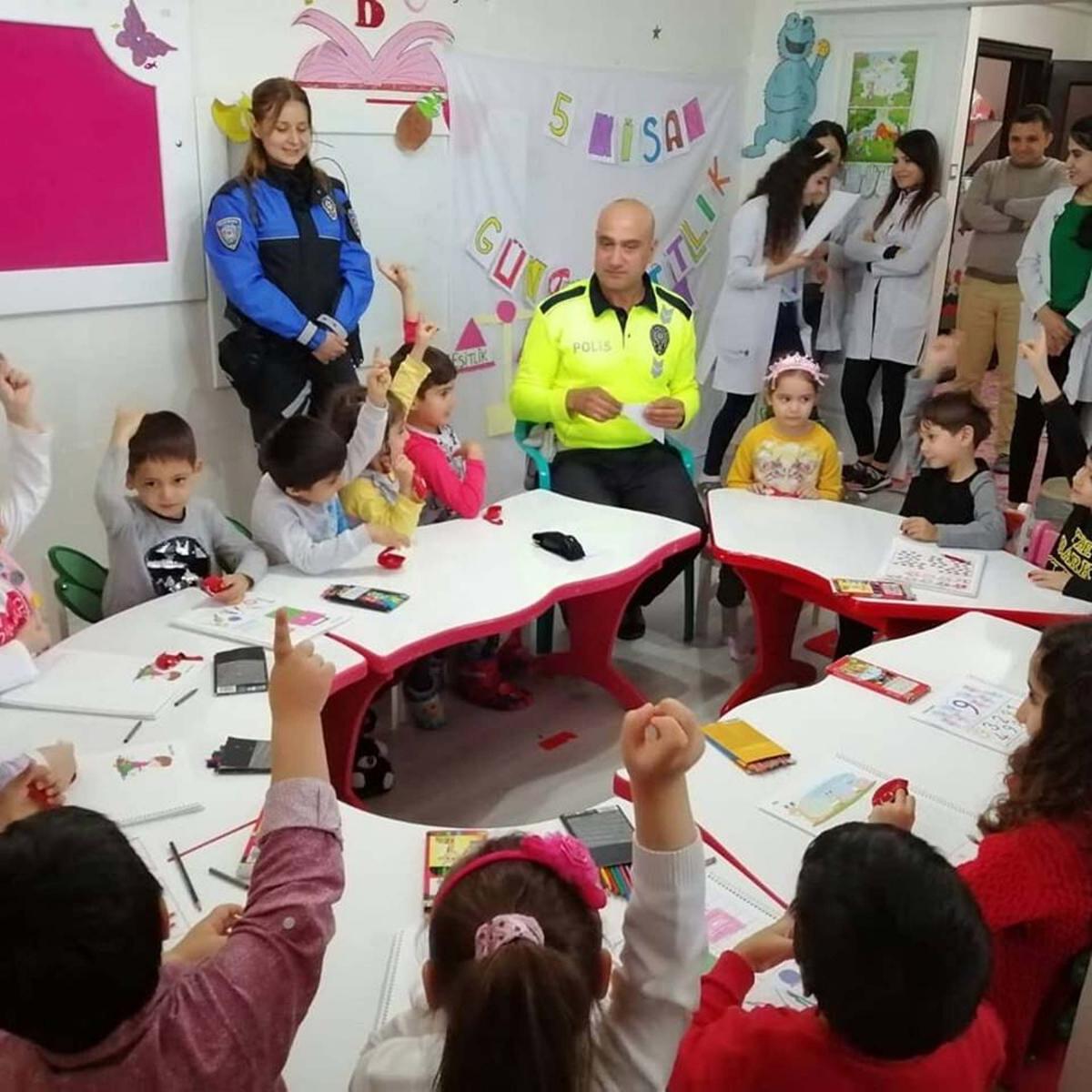 Adıyaman'da Minik Öğrencilere Trafik Eğitimi Verildi