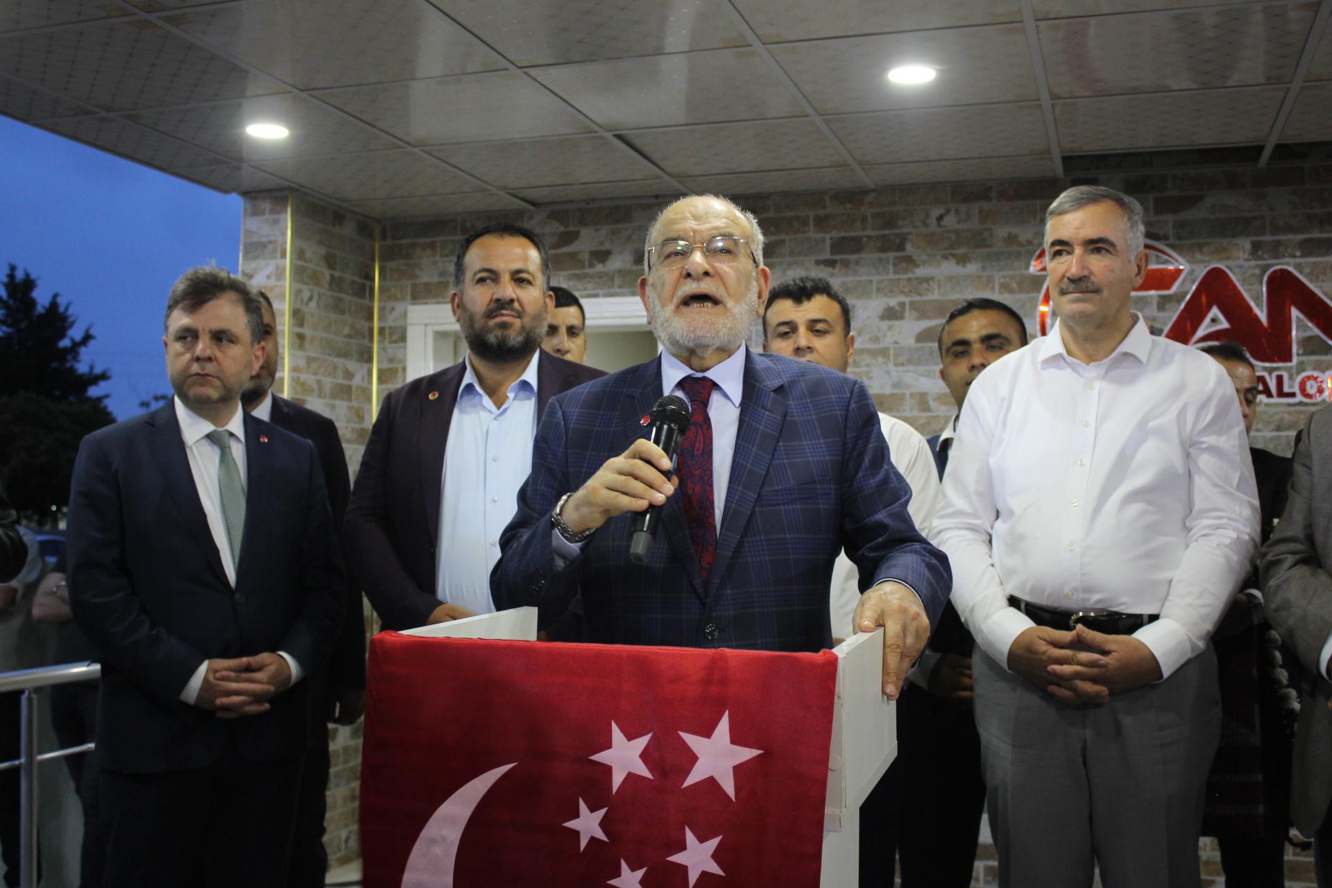 SP Genel Başkanı Karamollaoğlu Kahta'da İftar Açtı
