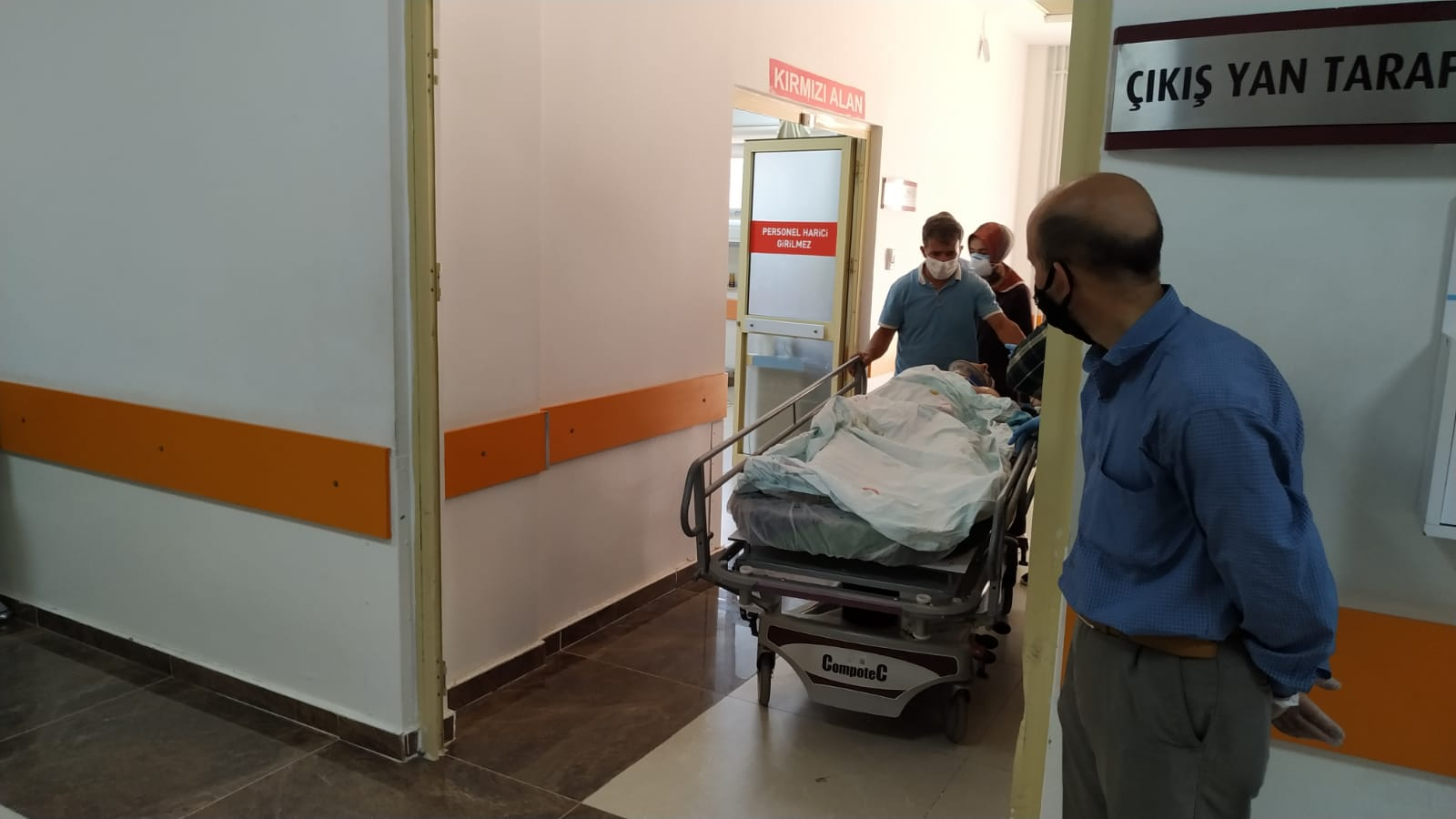 Yüksek gerilim hattına temas eden genç ağır yaralandı