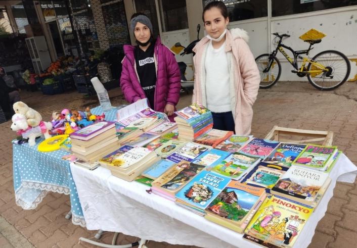 Öğrenciler okudukları kitapları satıp yeni kitap alıyor