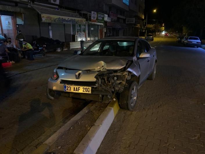 Otomobile çarpıp kaçan sürücü yeniden kaza yapınca yakalandı