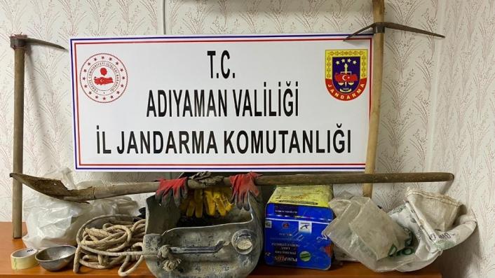 Sit alanında kaçak kazı yapan 6 şahıs gözaltına alındı