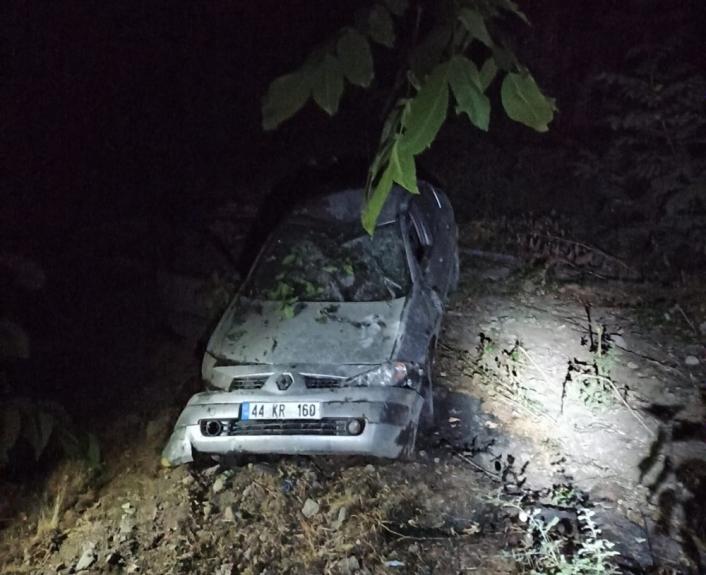 Adıyaman'da Otomobil Takla Attı 3 Yaralı