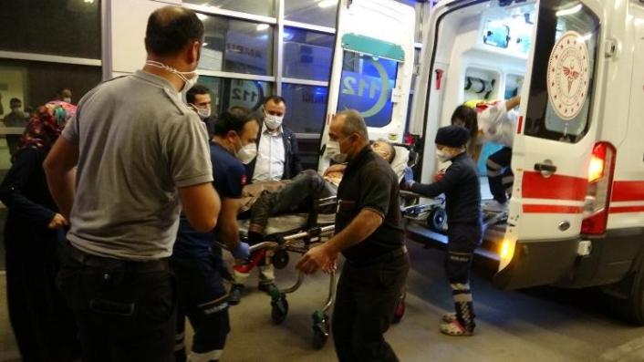 Tüfekle Kendini Vuran Şahıs Ağır Yaralandı