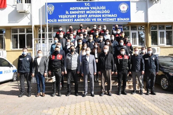 Vali Çuhadar görev başındaki polislerle bir araya geldi