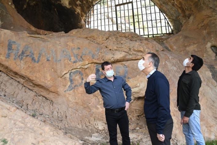Vali Mahmut Çuhadar, Palanlı Mağarasını inceledi
